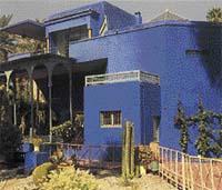 Dům v marockém Marrákeši koupil společně se svým životním druhem Pierrem Bergém - Foto Isifa